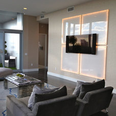 Modern Home Theater by Mauricio Nava Design