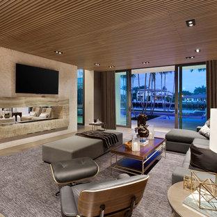 Großes Modernes Heimkino mit Marmorboden in Miami