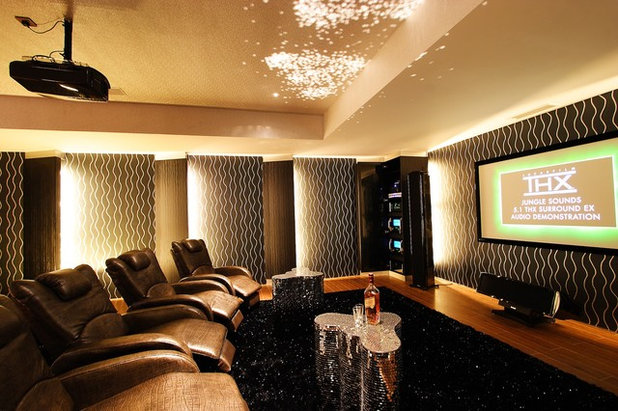 Contemporary Home Theatre by D'Perception Ritz Pte Ltd