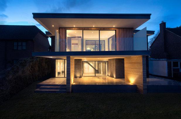 Contemporary Exterior by AR Design Studio Ltd