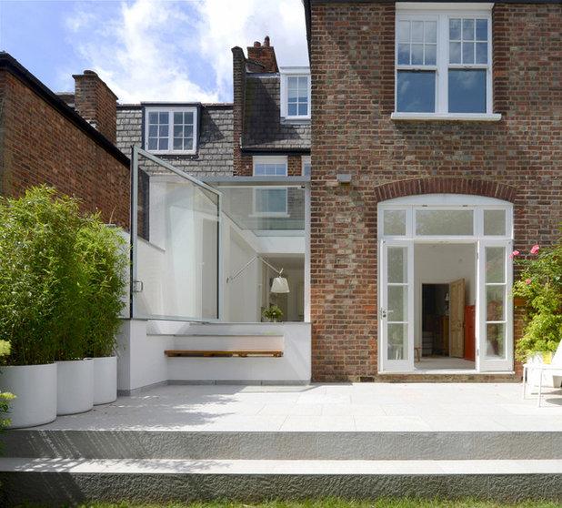 Contemporary Exterior by Paul Archer Design