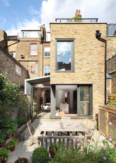 Contemporary external surfaces by Platform 5 Architects