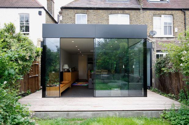Contemporaneo Facciata by IQ Glass Rooms
