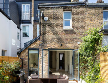 Extensions and internal refurbishment of a family home in Kilburn