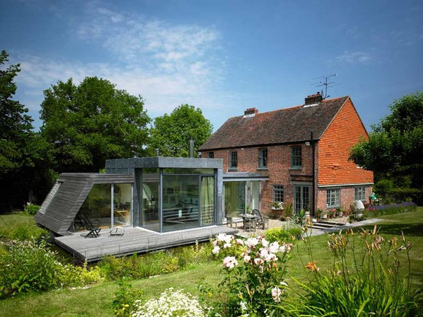 Architecture 10 Spectacular UK Homes That Mix Old With New