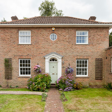 Gill and Richard, Basingstoke Classical Kitchen Extension