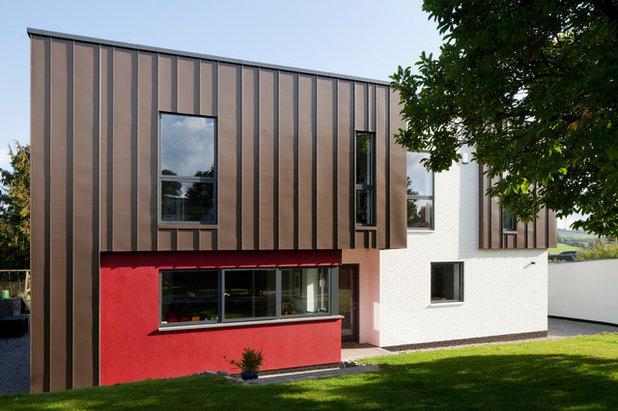 Contemporary outside by van Ellen + Sheryn Architects