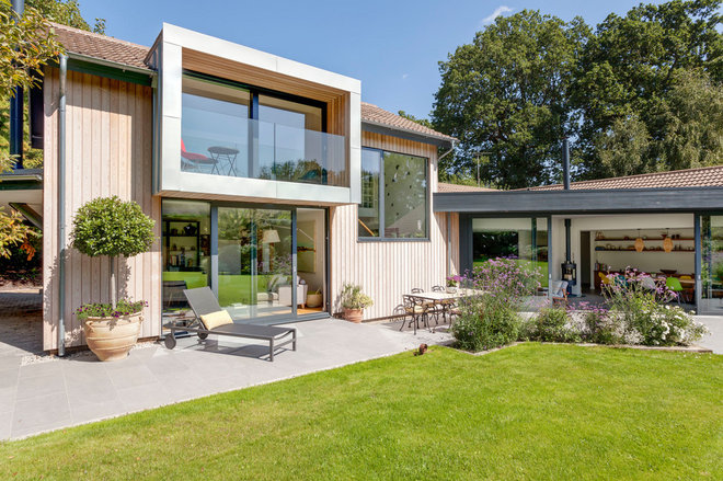 Contemporary Exterior by Penton Architects