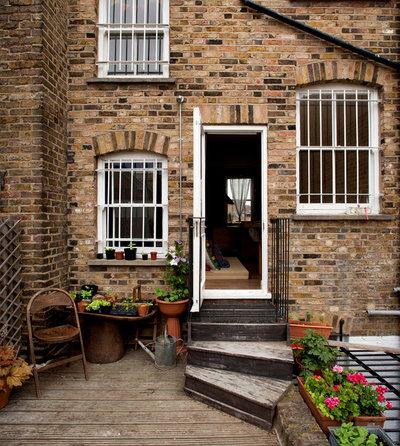Rustikt Hus & facade by SCD Design-architecture interiors project manag't