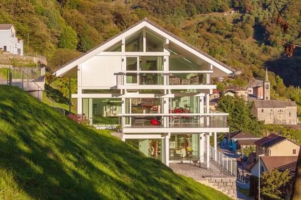 Contemporaneo Facciata by HUF HAUS Southern Switzerland & Italy