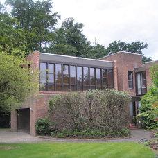 Modern Exterior by Macdonald Design Ltd