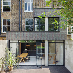 Medium sized industrial house exterior in London.