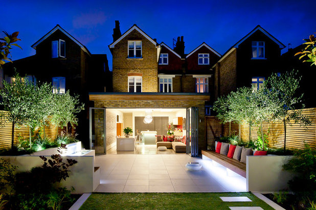 Contemporary Exterior by Echinops Garden Design