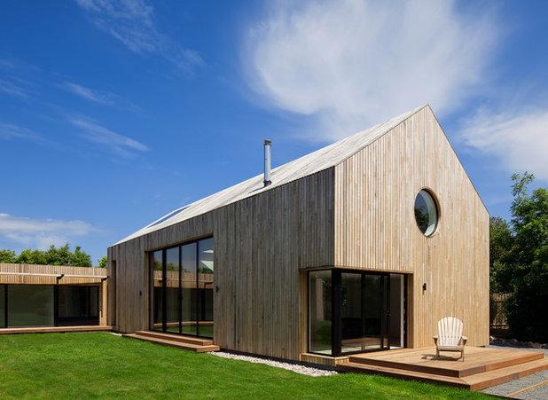 Contemporary Exterior by JAMIE FALLA ARCHITECTURE
