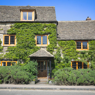 Photo of a classic house exterior in Oxfordshire.