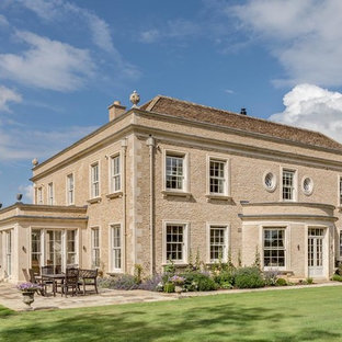 New Cotswold country house