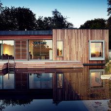 Modern Exterior by PAD studio