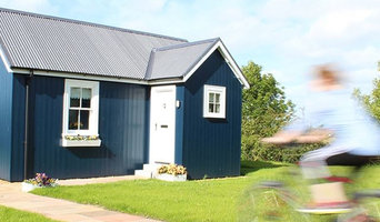 One Bedroom Wee House Exterior