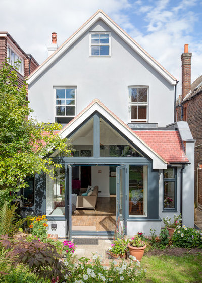Transitional Exterior by Upright Construction Ltd
