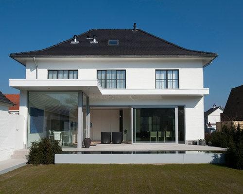 Contemporary exterior design ideas renovations photos for Modern mansard roof