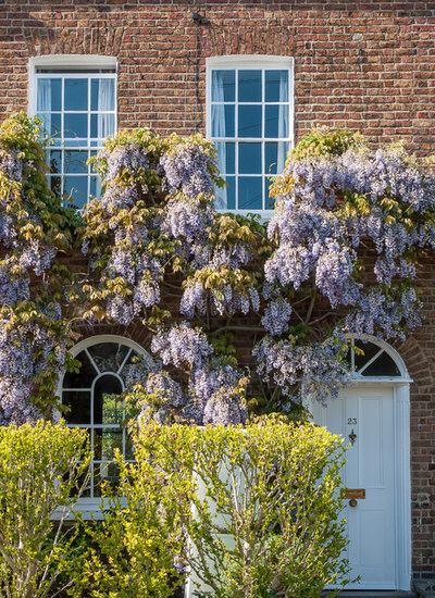 Traditional Exterior by Mark Hazeldine Photography