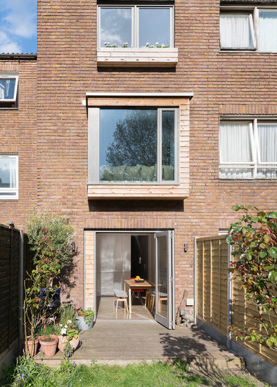 Contemporary Exterior by Brian O'Tuama Architects