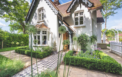 20 of the Best Tiled Front Path Ideas