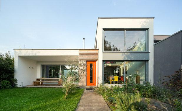 Modern Häuser by Stommel Haus UK