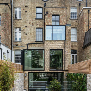 Design ideas for a classic house exterior in London.