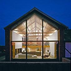Contemporary Exterior by Nicolas Tye Architects