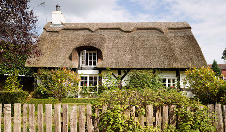 10 Cozy Country Cottages From Around the World