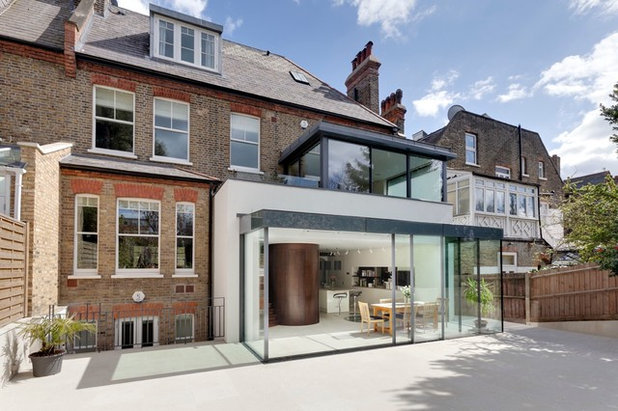 Contemporary external surfaces by STEPHEN FLETCHER ARCHITECTS