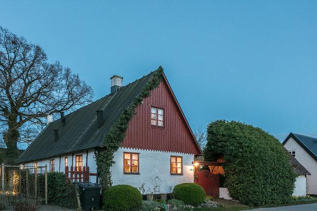 Lantlig Fasad by Fotograf Jonas Norén