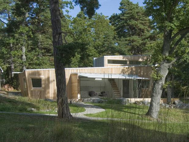 Contemporary Exterior by Schlyter / Gezelius Arkitektkontor AB