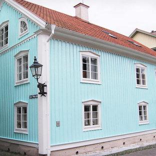 Traditional exterior home idea in Orebro