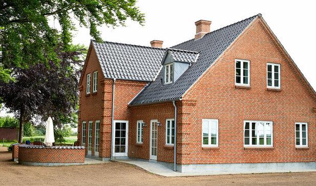 Klassisk Hus & facade by Byggeri & Teknik I/S