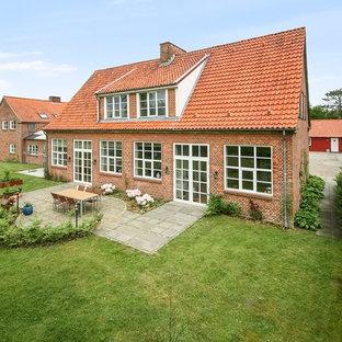 Den gamle landsbyskole er i dag et moderne hjem