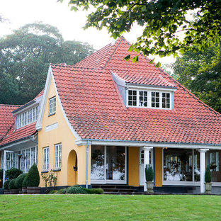 Inspiration for a country exterior home remodel in Odense