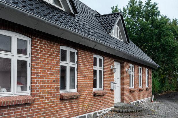 Klassisk Hus & facade by A little story