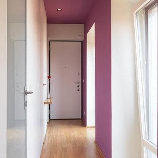 ミラノのコンテンポラリースタイルのおしゃれな廊下の写真