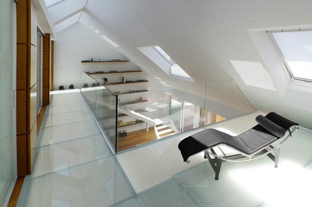 Contemporaneo Corridoio by Dario Castellino Architetto
