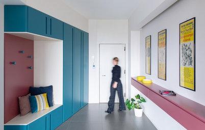 Houzz Италия: Квартира со шкафом-воронкой в прихожей