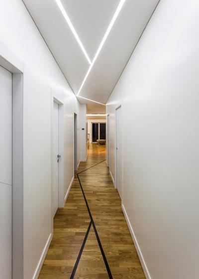Contemporaneo Corridoio by GINO SPERA