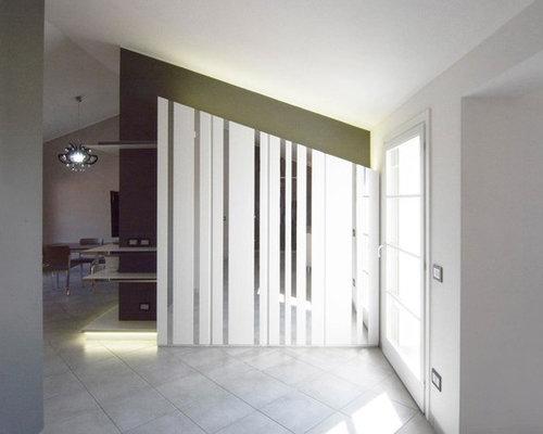 Foto e idee per ingressi ingresso con pavimento con piastrelle in