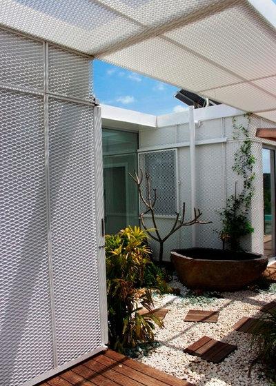 Contemporáneo Jardín by INFINISKI