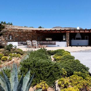 Diseño de jardín mediterráneo, extra grande, en patio trasero