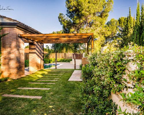 Fotos de exteriores dise os de exteriores for Diseno jardin mediterraneo
