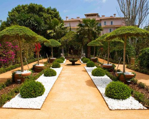 Eclectic front yard landscape ideas designs remodels for Landscaping rocks vallejo ca