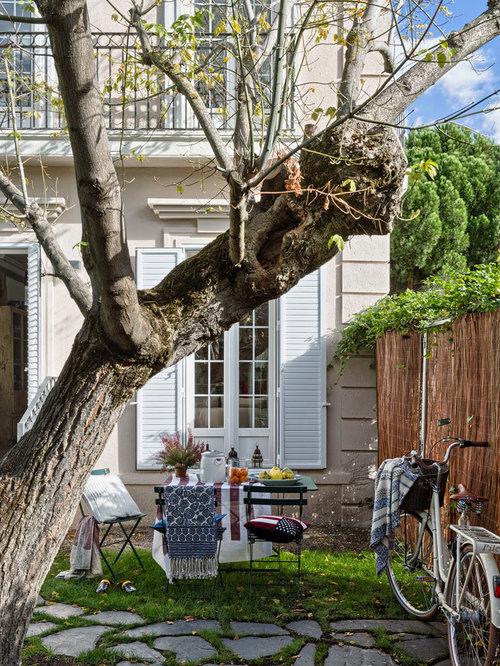 ejemplo de acceso privado de estilo de casa de campo de tamao medio en