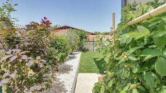 Aménagement complet d'un jardin avec terrasse en bois et piscine hors sol